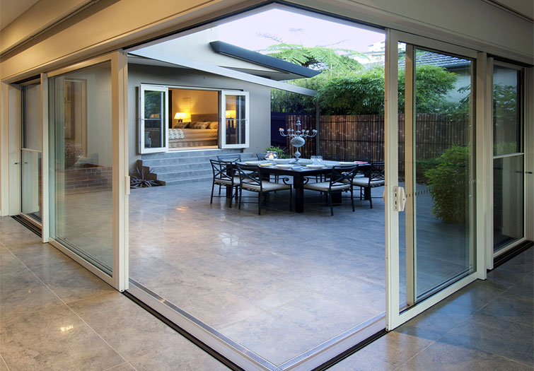 rylock corner door & Custom Aluminium Doors in Melbourne | Rylock Nunawading
